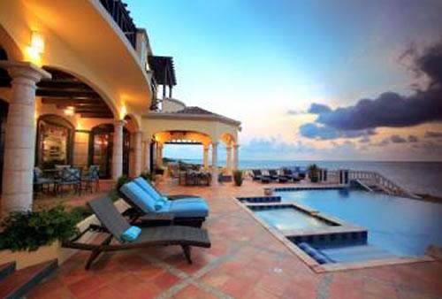 Amarilla Rental Villa