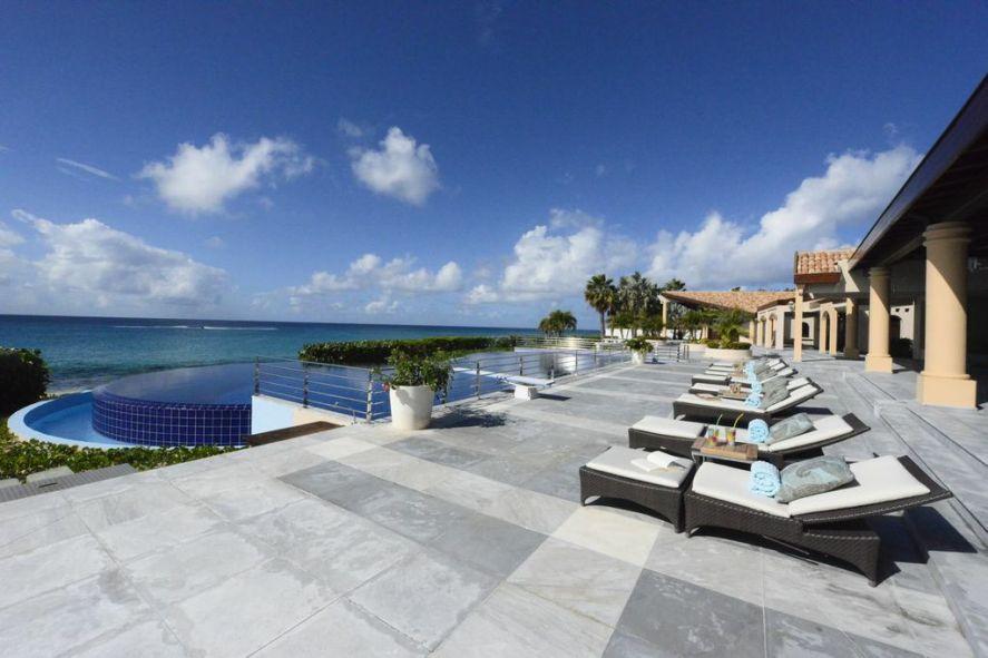 Casa de la Playa - For Sale